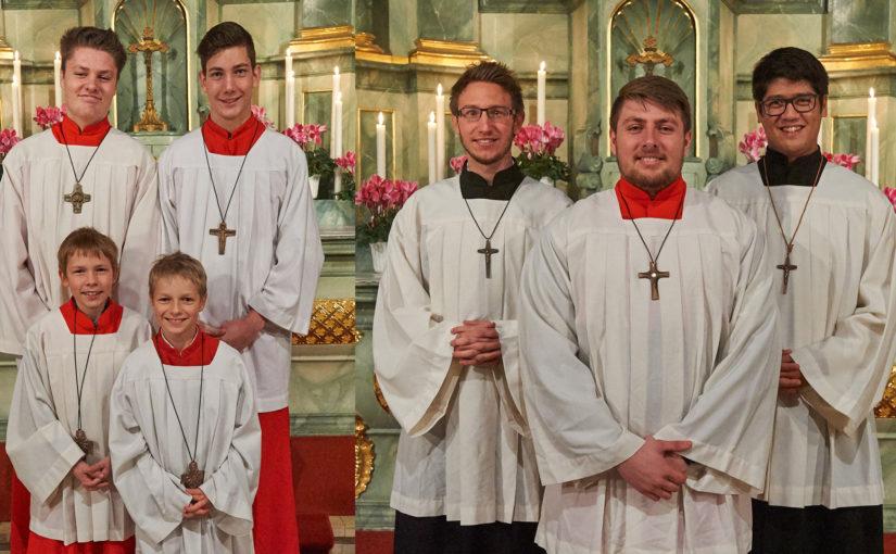 Zwei neue Messdiener für St. Gertrud – Ehrungen für 10 und 15 Jahre Mitgliedschaft