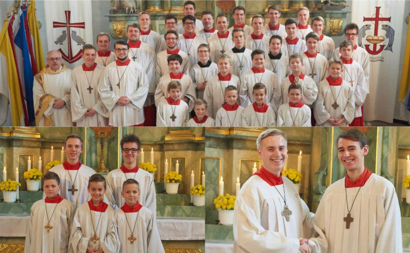 Drei neue Messdiener für St. Gertrud – Ehrungen für 10 Jahre Mitgliedschaft