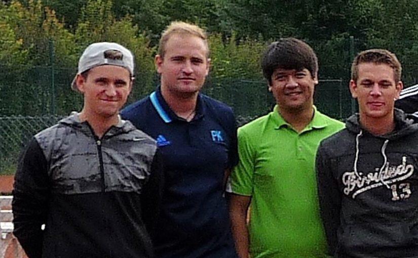 Messdiener erreichen 5. Platz bei Tennis-Dorfmeisterschaften