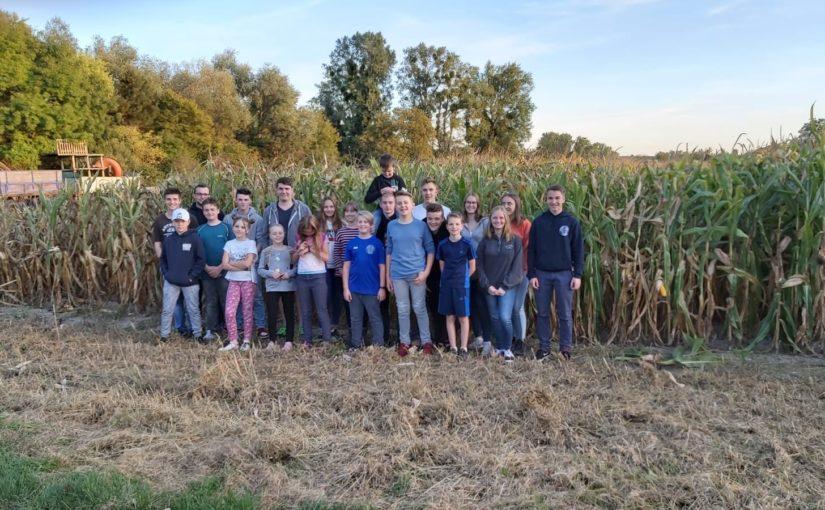 Ausflug der Messdiener & BuFis zum Maislabyrinth